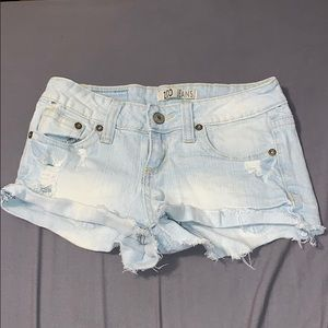 ZCO Light Wash distressed Jean shorts